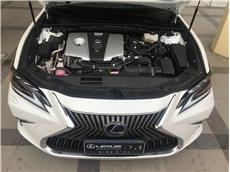 雷克萨斯ES 300h 2.5 CVT尊享版油电混合[201909]