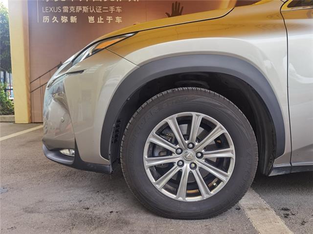 雷克萨斯NX 200 2.0 CVT四驱锋尚版[201411]