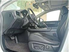 雷克萨斯RX 300 2.0T A/MT前驱精英版[201711]