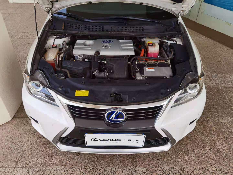 雷克萨斯CT 200h 1.8 CVT舒适版单色油电混合[201402]